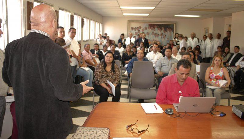 Participación del doctor Samuel Viloria, director general del SAHUM