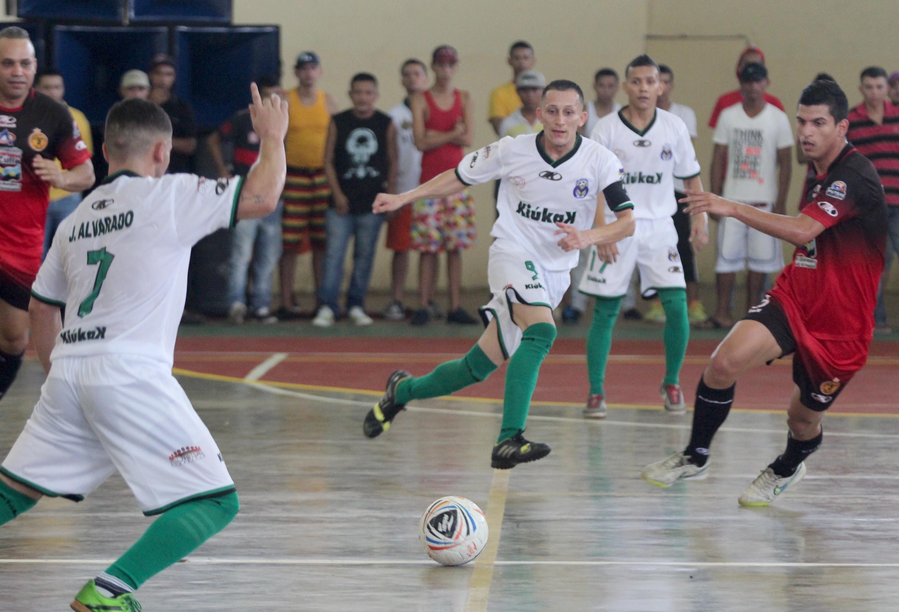 Guerreros y Marite FSC cambiaron el mal por el futsal ... 68d1999b3b284
