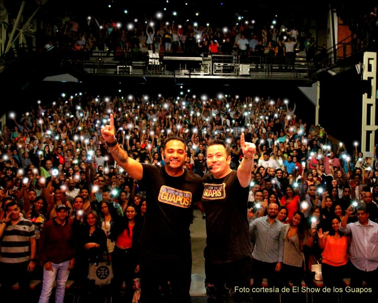Foto cortesia de El Show de los Guapos. 26.06.16 reseña